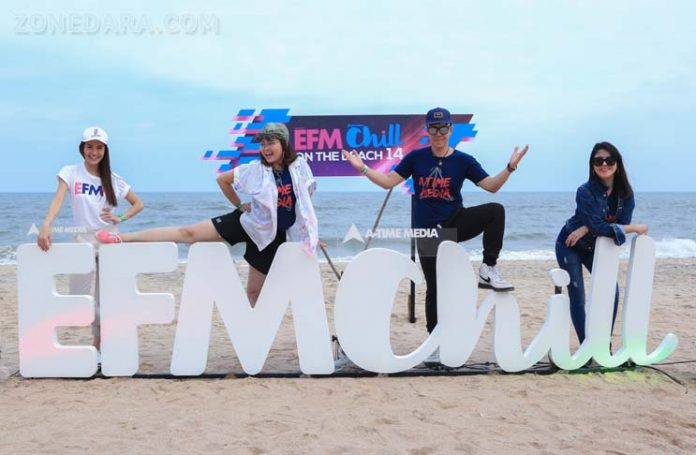 EFM CHILL ON THE BEACH