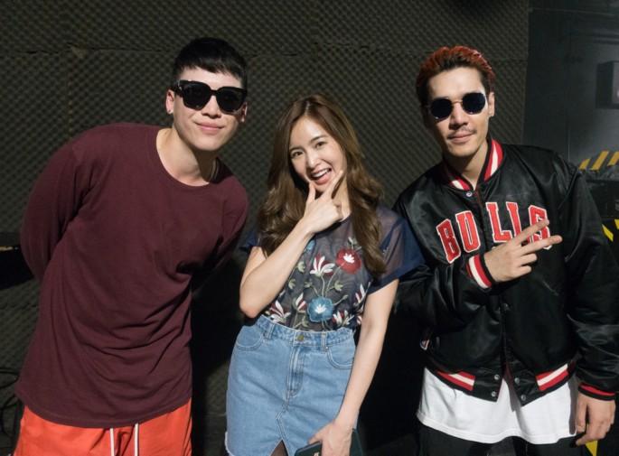 """เบื้องหลัง MV เพลง""""ดีด"""" พร้อมสัมภาษณ์ """"ป๊อก-ภัสสรกรณ์ จิราธิวัฒน์ หรือ Mindset feat. P Hot"""""""