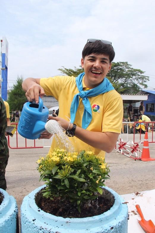 ช่อง 7HD ร่วมสร้างขวัญกำลังใจเยาวชนชายแดนใต้ ส่งทัพนักแสดงดวลแข้งสนุกฟุตบอลดารา พร้อมเติมความสุขด้วยมินิคอนเสิร์ต