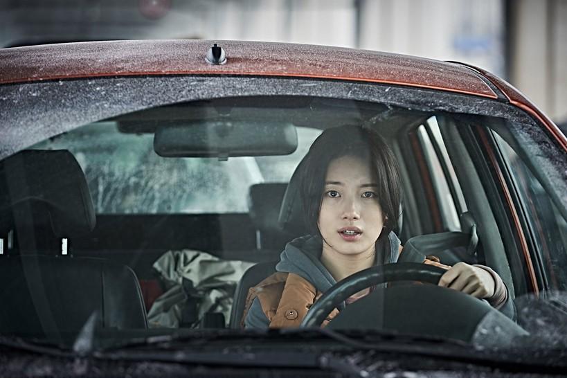 """รู้จัก """"เบ ซูจี"""" ว่าที่สาวเกาหลีสวยที่สุดแห่งปี 2019 มากขึ้นกว่าที่เคย  ก่อนเจอเธอในหนังใหม่ล่าสุด """"ASHFALL นรกล้างเมือง"""""""
