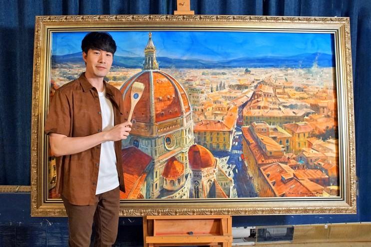 """""""ซัน"""" กระทบไหล่ศิลปินระดับโลก สุดเรียล """"ภาพวาดมีชีวิต!!"""""""